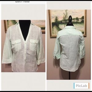 GAP Like New Classic Pinstriped Top W/ 3/4 Sleeves